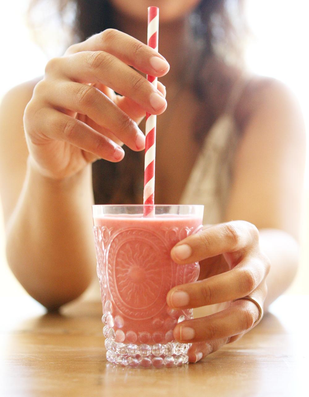 Natasha Asselstine Nutrition | Summer Berry Smoothie or Frozen Yoghurt